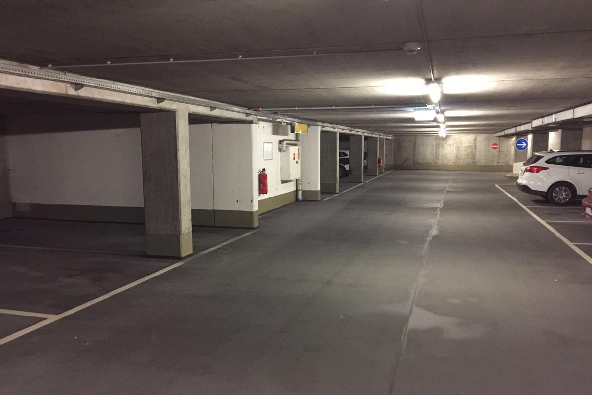 Parkservice Flughafen Stuttgart - Tiefgarage/Parkhaus Kurze Straße 40, 70794 Filderstadt Bild 4
