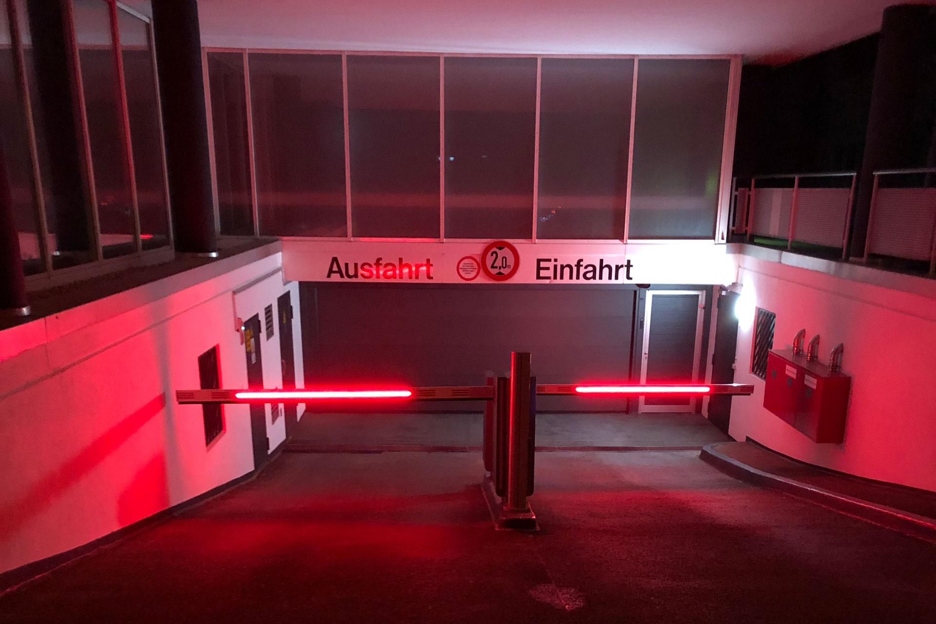 Parkservice Flughafen Stuttgart - Tiefgarage/Parkhaus Kurze Straße 40, 70794 Filderstadt Bild 2